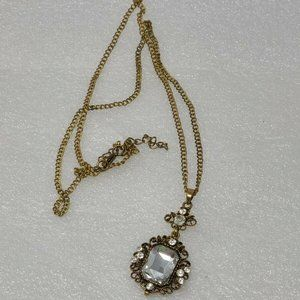 Vintage Gold Tone Necklace W/Rhinestone Pendant